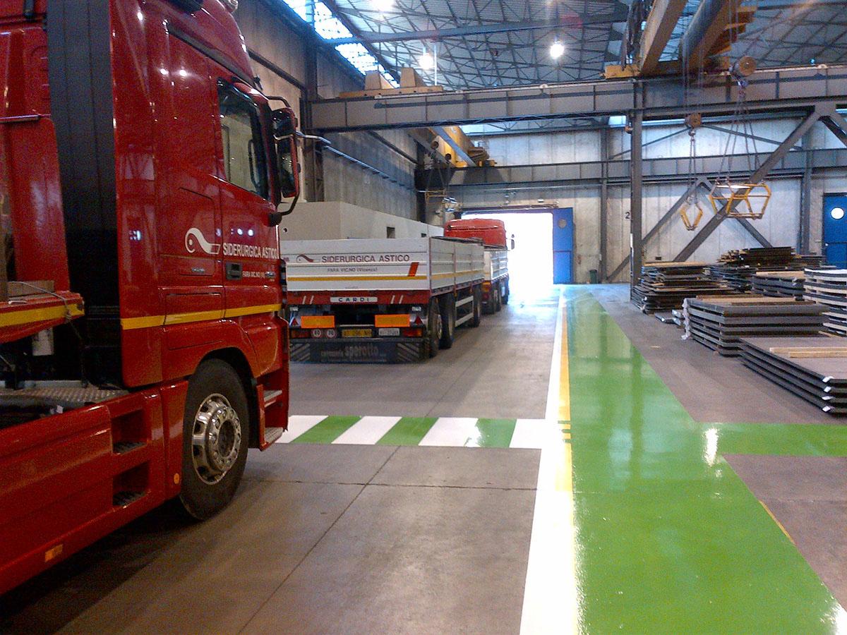 Lamiere-lastre-di-acciaio-carbonio-da-coils-siderurgica-1470_01-logistica-servizio-di-spedizione