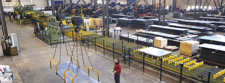 Lamiere-lastre-di-acciaio-carbonio-da-coils-siderurgica-servizi