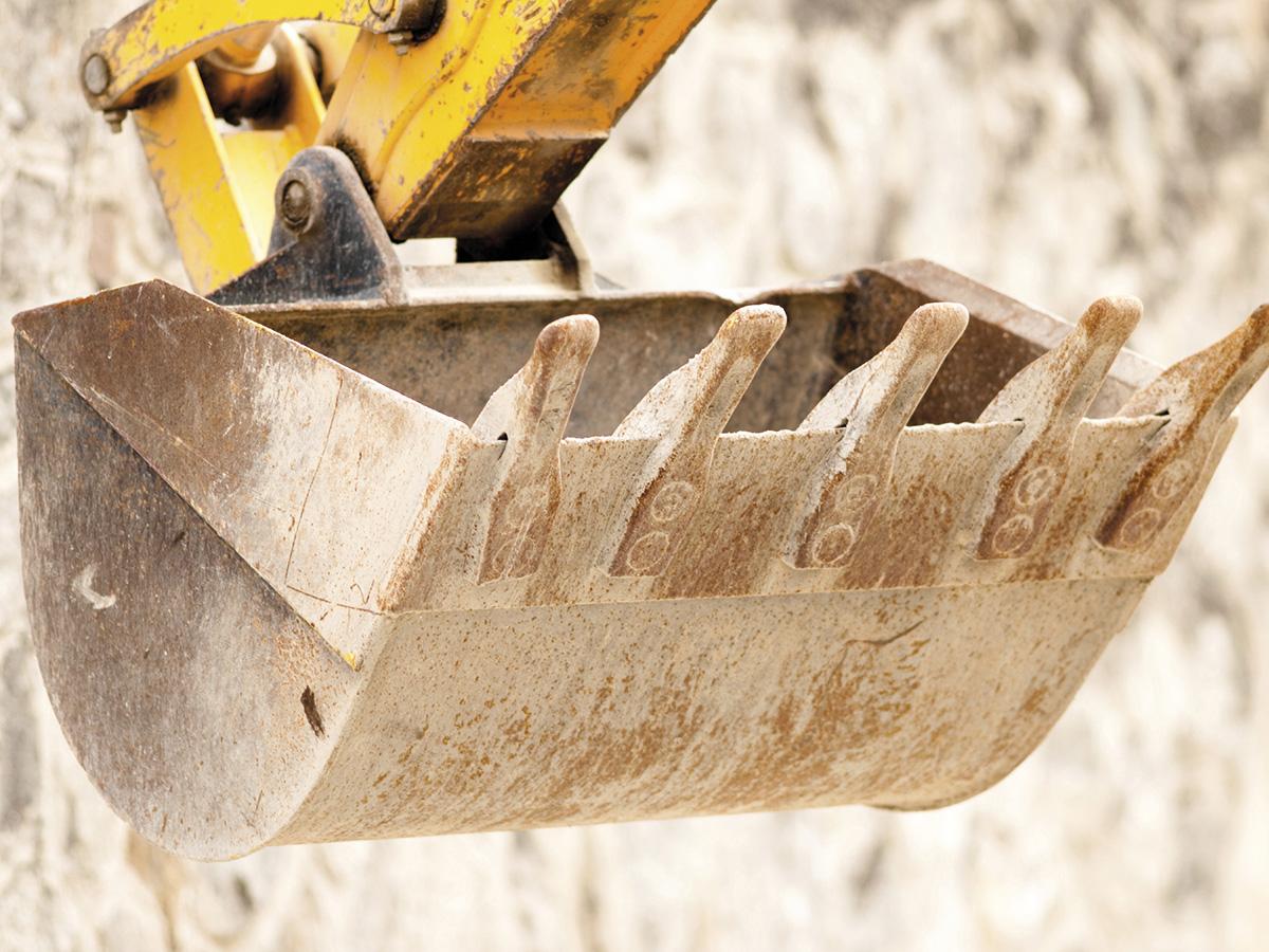 lamiere-lastre-di-acciaio-carbonio-da-coils-antiusura-lamiere-antiusura-alta-resistenza-treno-quarto-anti-abrasione-alta-resistenza_1370_01-400hb