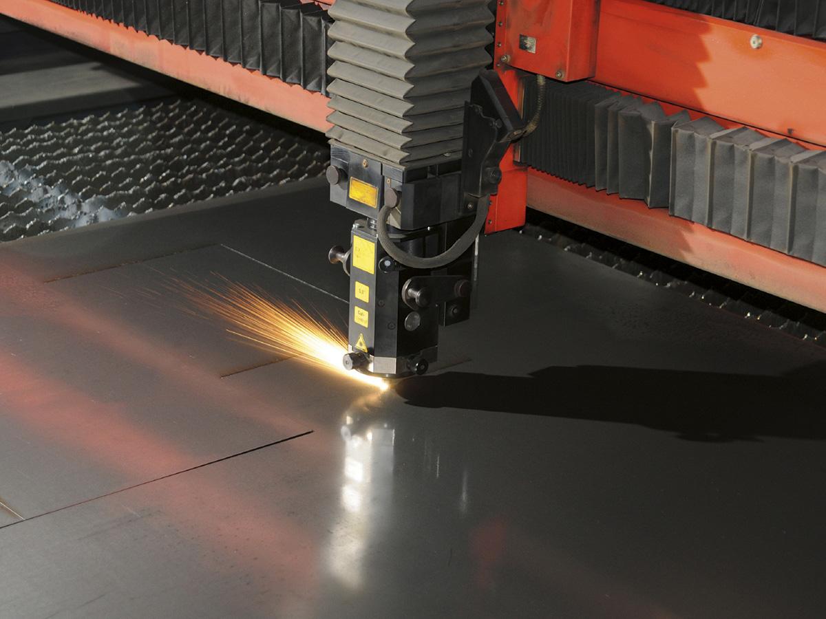 Lamiere-lastre-di-acciaio-carbonio-da-coils-siderurgica-1480-servizi-esterni